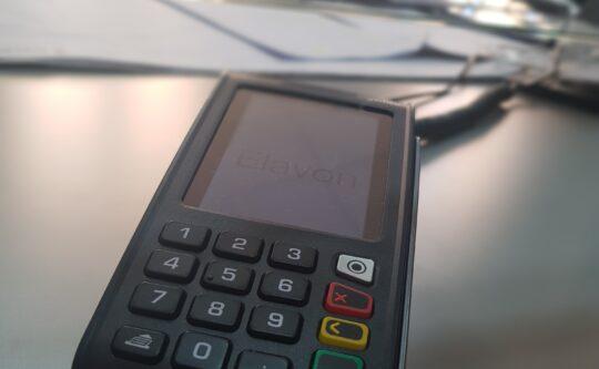 Bezgotówkowe płatności w Wydziale Komunikacji i Rozwoju