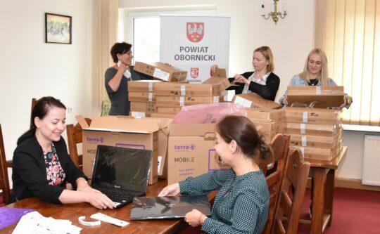 Ponad 120 tys. zł dla Powiatu na wsparcie pieczy zastępczej